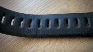 Moto 360 Sport Test: staubiges Armband
